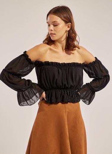 Monamoda Carmen Yaka Düğmeli Şifon Bluz Siyah